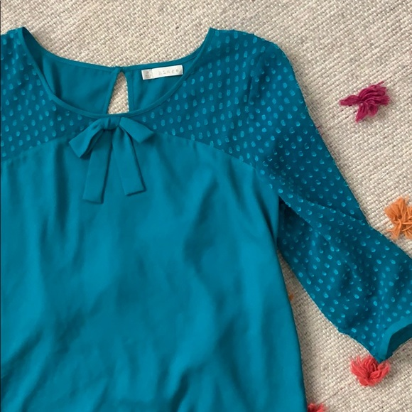 hinge Tops - Hinge Blouse with Bow